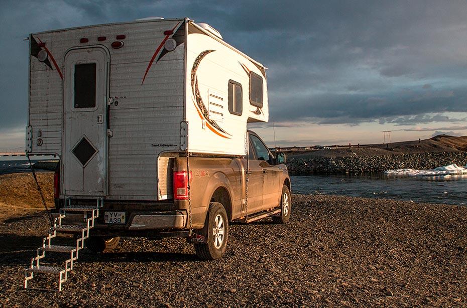 Island Island-Reisen 4x4-Camper Premium Rückseite