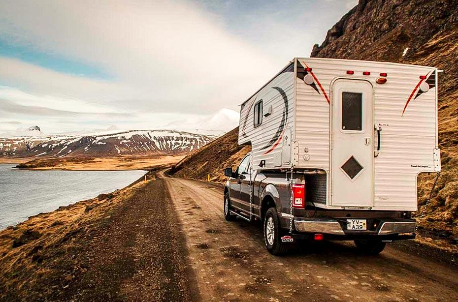 Island Island-Reisen 4x4-Camper Premium unterwegs