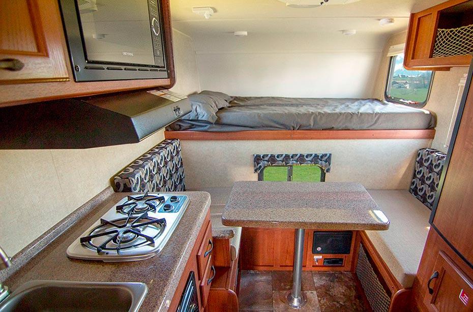 Island Island-Reisen 4x4-Camper Premium Interior