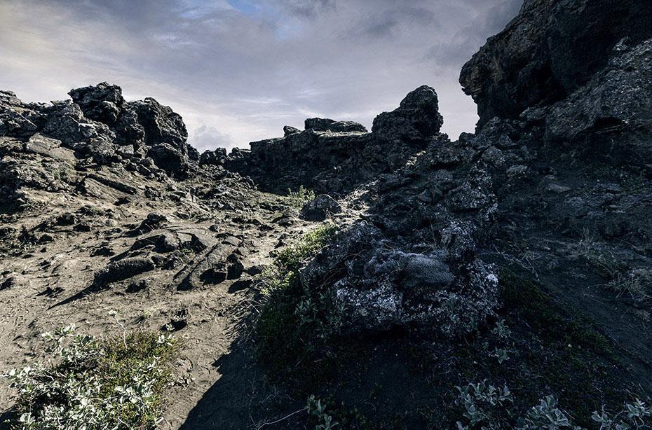 Dimmuborgir am See Mývatn