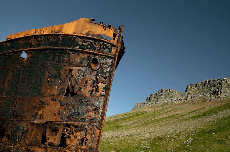 Wrack der MS Suðurland vor Djupavik
