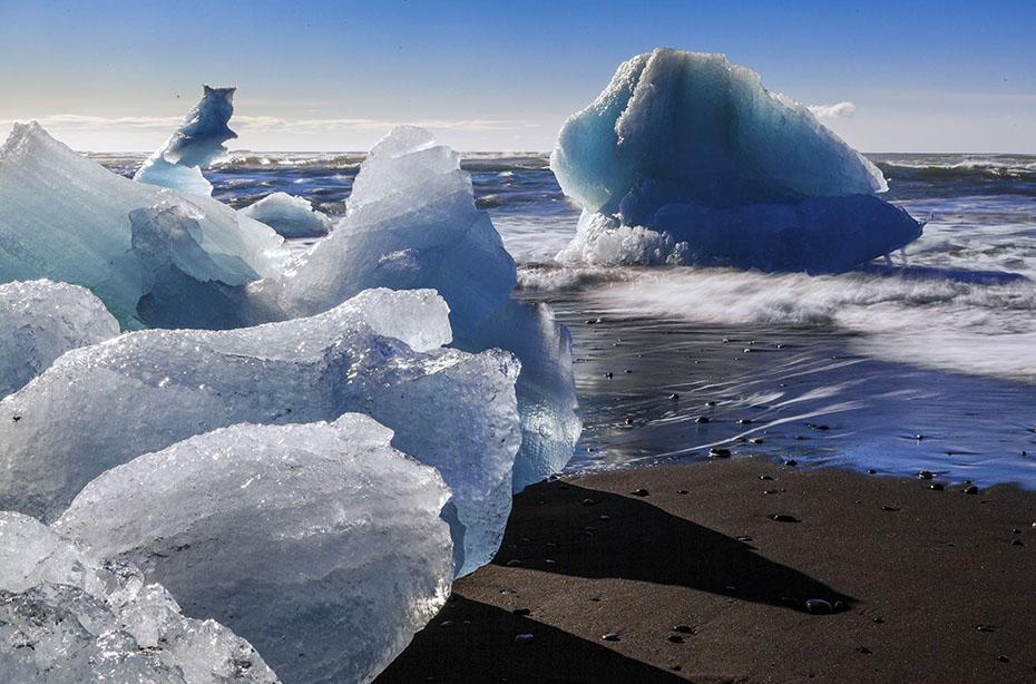Eis am Strand beim Jökulsárlón