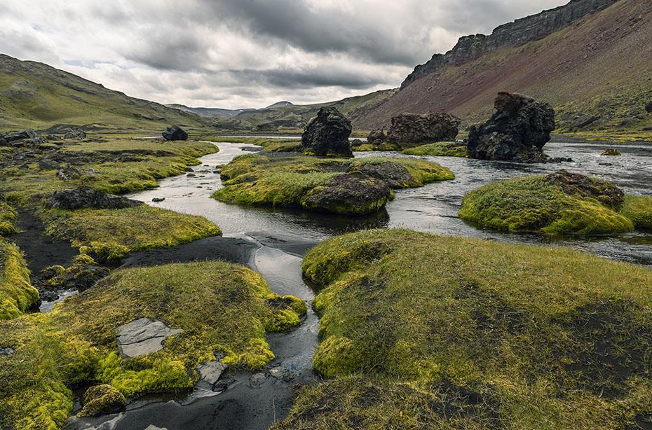 Der Fluss Norðari-Öfæra in der Vulkanspalte Eldgjá
