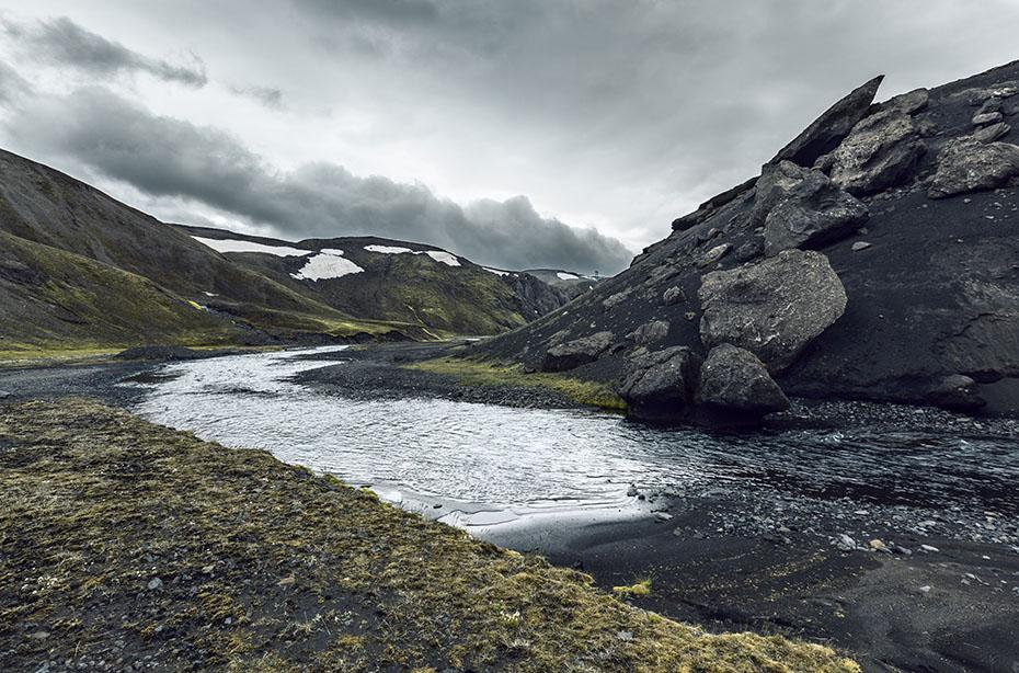 Fluss in der Eldgjá-Schlucht