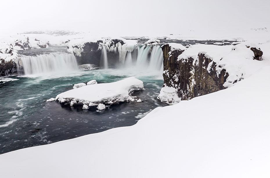 Der Goðafoss im Winter