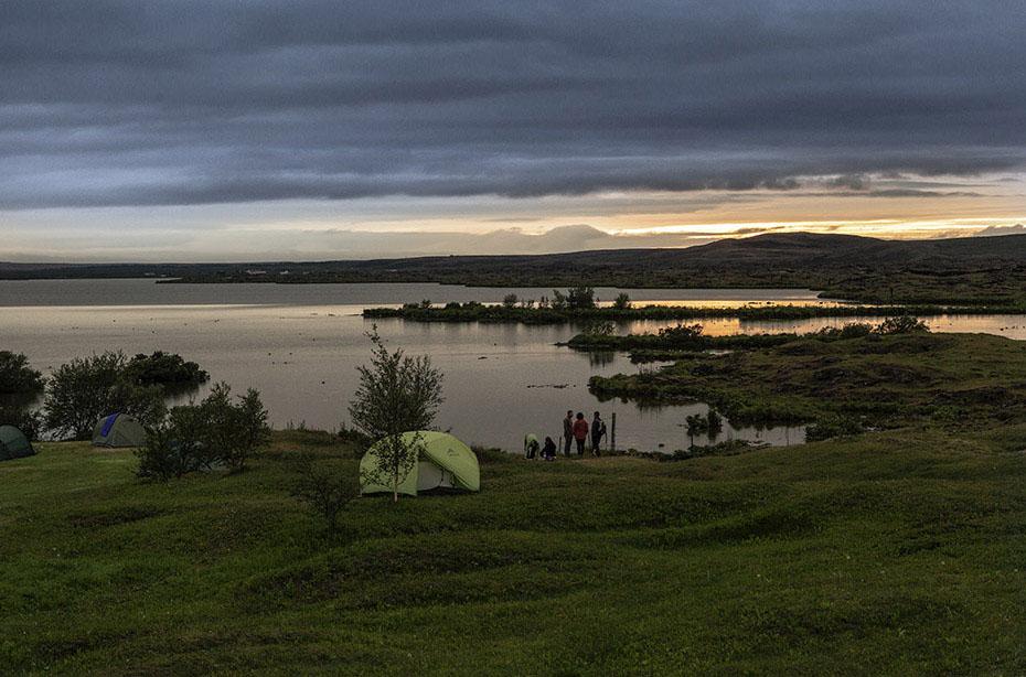 Island-Reisen Sonnenuntergang am Nordufer des Mývatn
