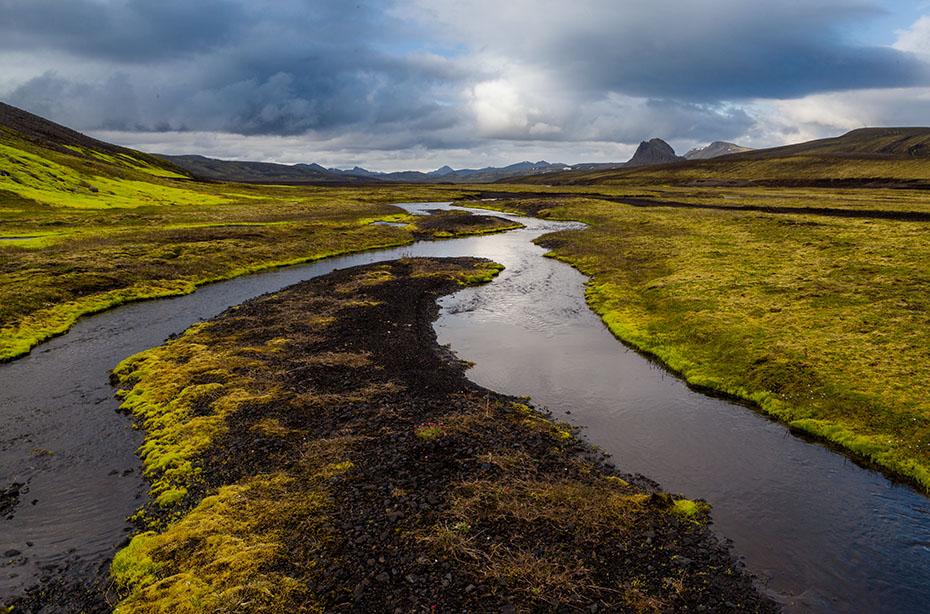 Wasserlauf im isländischen Hochland