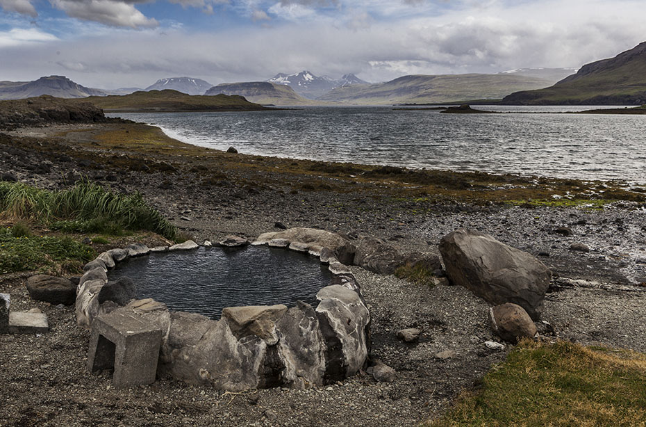Der Fjord Hvalfjörður