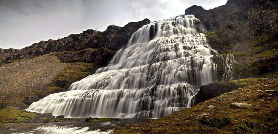 Der Wasserfall Dynjandi auf den Westfjorden
