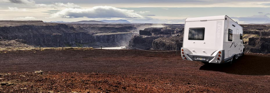 Island Island-Reisen Wohnmobil am Hafragilsfoss
