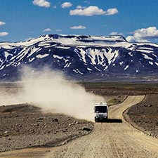 Island Rundreisen Hochlandbus