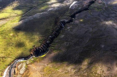 Grabenbruch im Hochland Islands