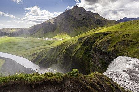 Blick von der Abbruchkante des Skógafoss