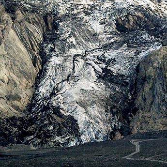 Gletscherzunge des Eyjafjallajökull  im Tal von Þórsmörk