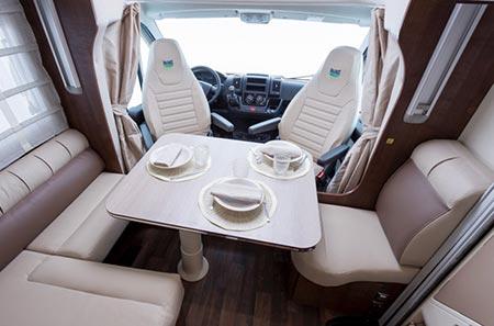Island Reisen Interior Wohnmobil Iceland 4